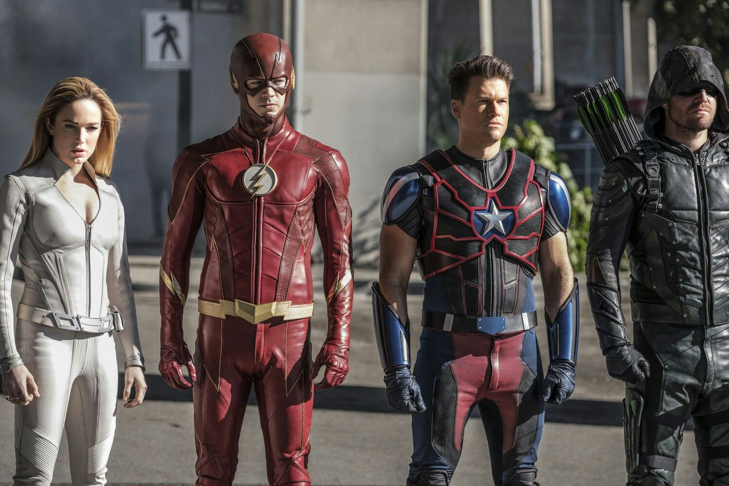 Supergirl The Flash Arrow Legends Of Tomorrow Crossover