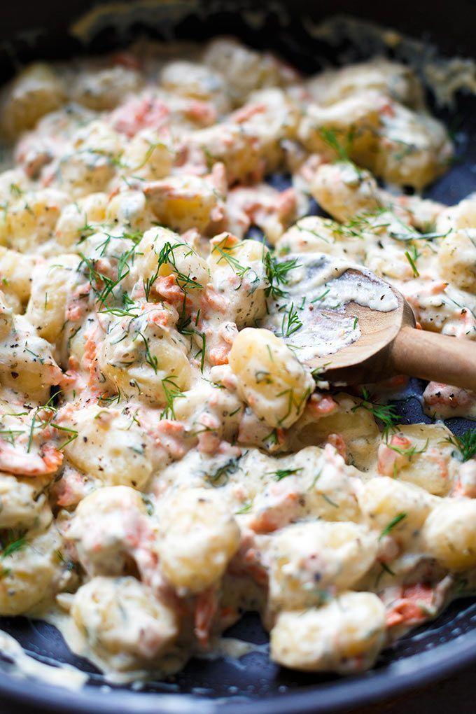 Bombastische Gnocchi-Lachs-Pfanne mit Frischkäse-Sauce #creamcheeserecipes