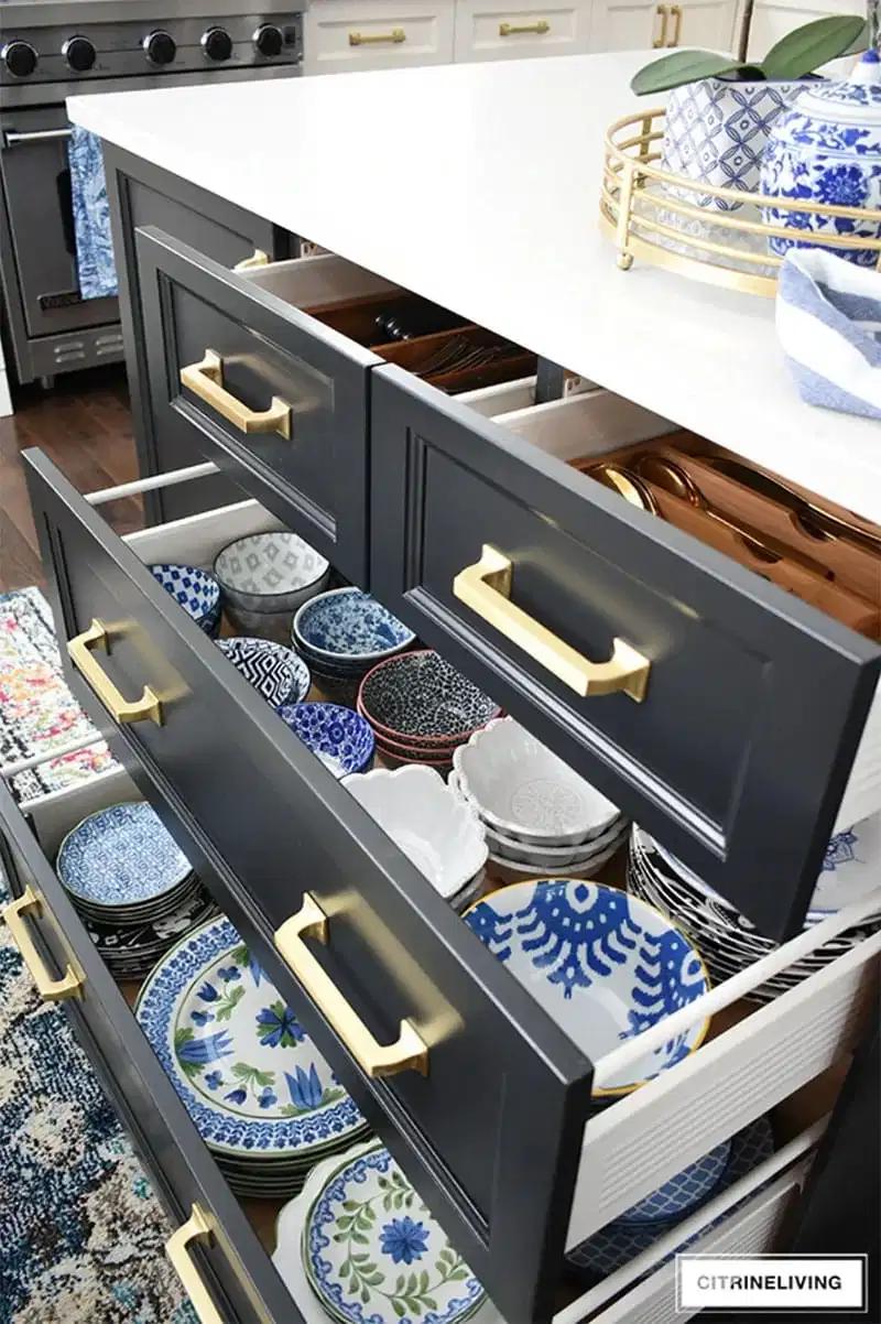 12 Creative Kitchen Drawer Organizing Ideas You Will Love