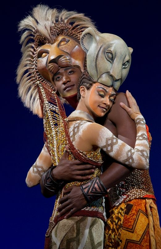 Kostuums Lion King.Lion King On Broadway Simba Nala Afrika Muziek