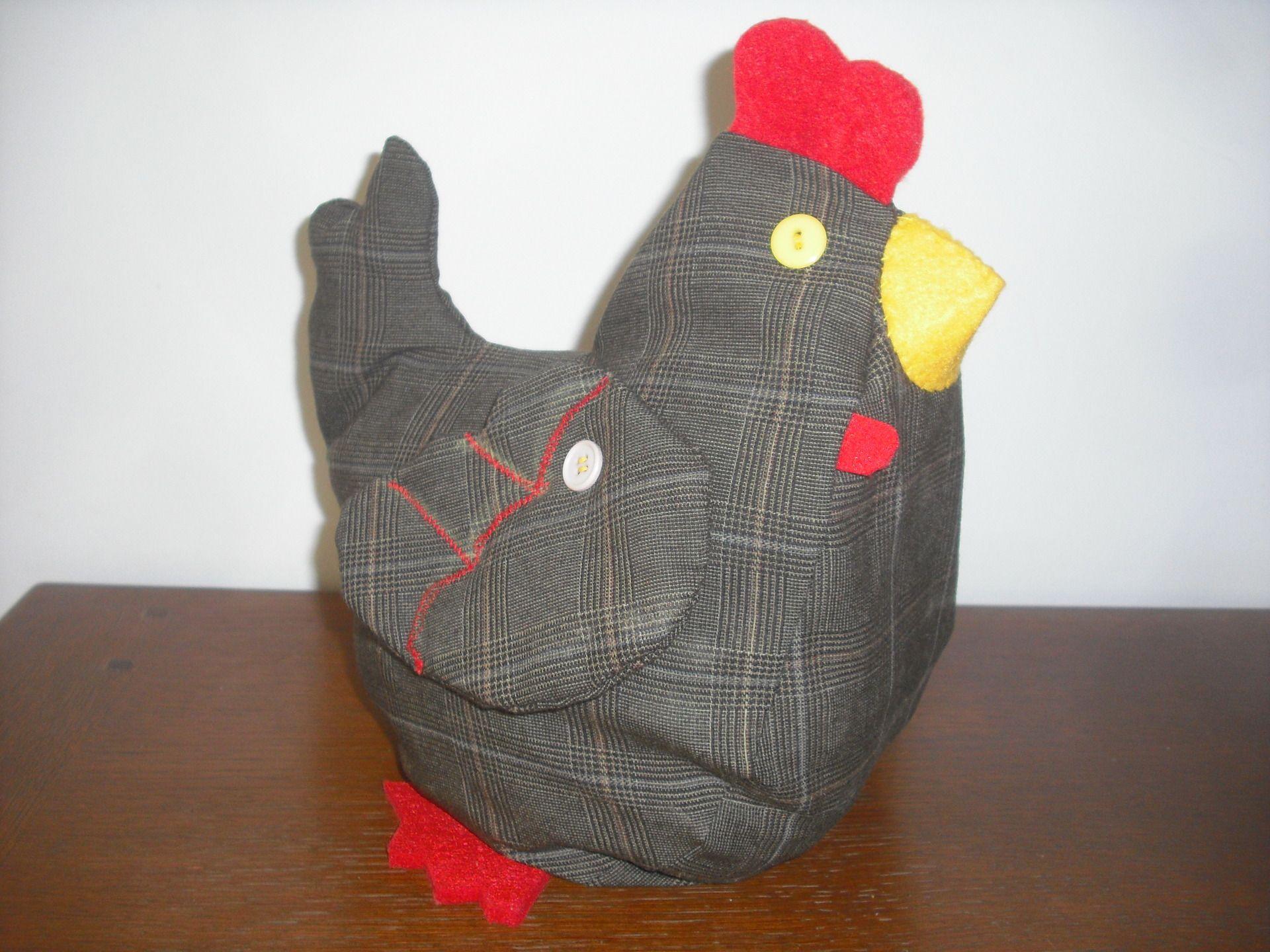 petite poule d corative cale porte r alis e en tissu cossais tissu cossais cale porte et poule. Black Bedroom Furniture Sets. Home Design Ideas
