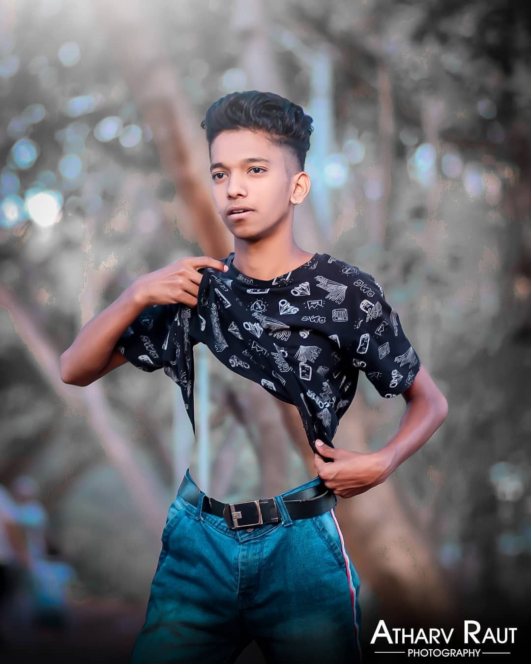 5 055 Likes 148 Comments Aniket Raut125 On Instagram In 2020 Photoshoot Pose Boy Photography Poses For Men Boy Photography Poses