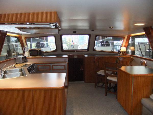 HMY Yacht Details - 53' Ray Davis Hatteras Bertram Convertible