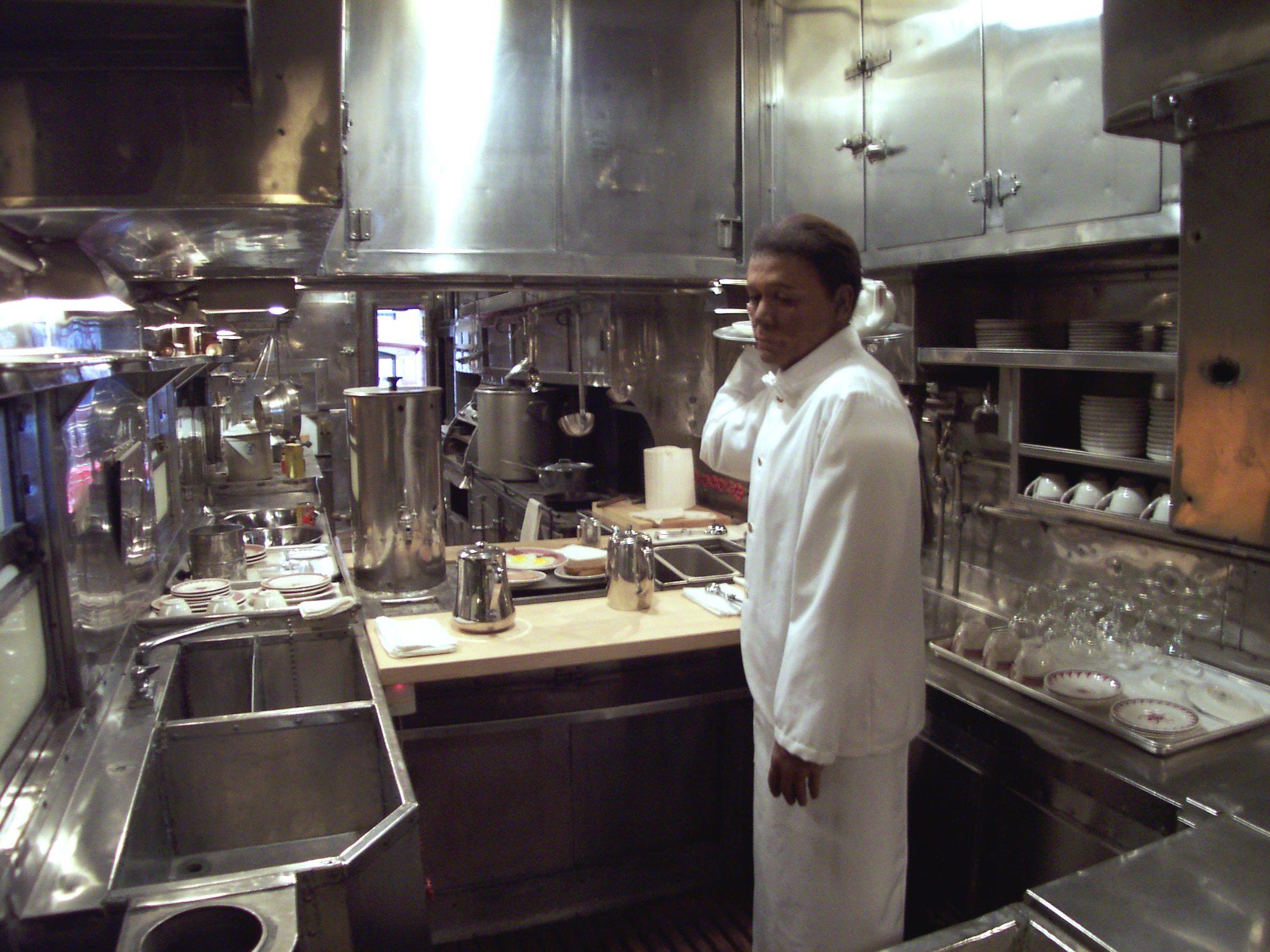 Train And Kitchens Google Search Tiny Kitchen Design Auto