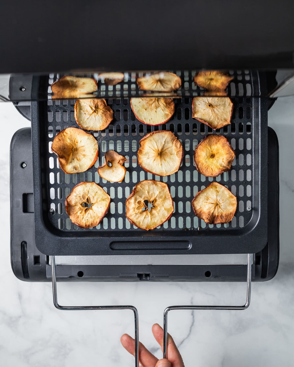Air Fryer Apple Pie Chips Are Impossibly Crispy Recipe