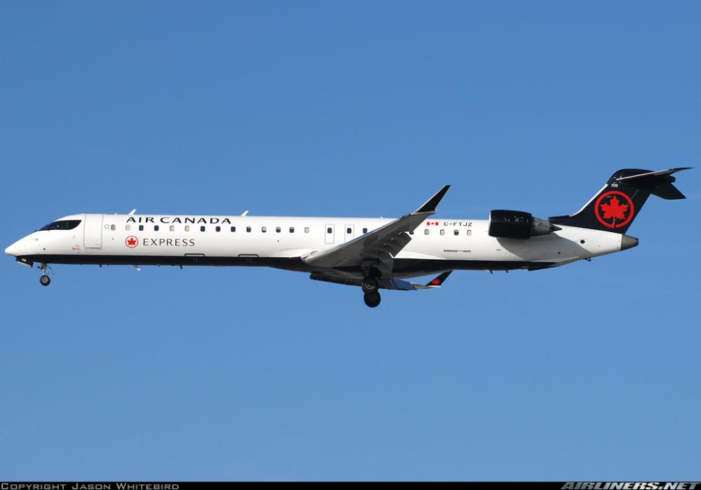 Bombardier CRJ705ER (CL6002D15) Air Canada Express
