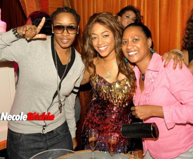 rapper trina with her assistant l and her mom r it 39 s. Black Bedroom Furniture Sets. Home Design Ideas