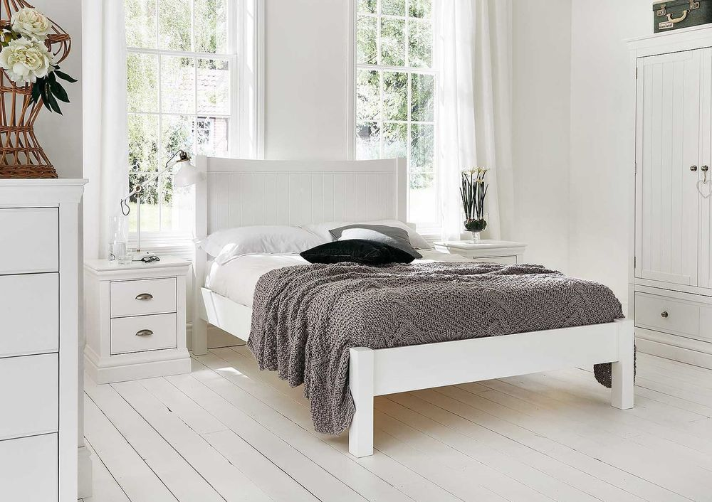 Camden White Wooden Bed Frame   Double Bed Frame Only