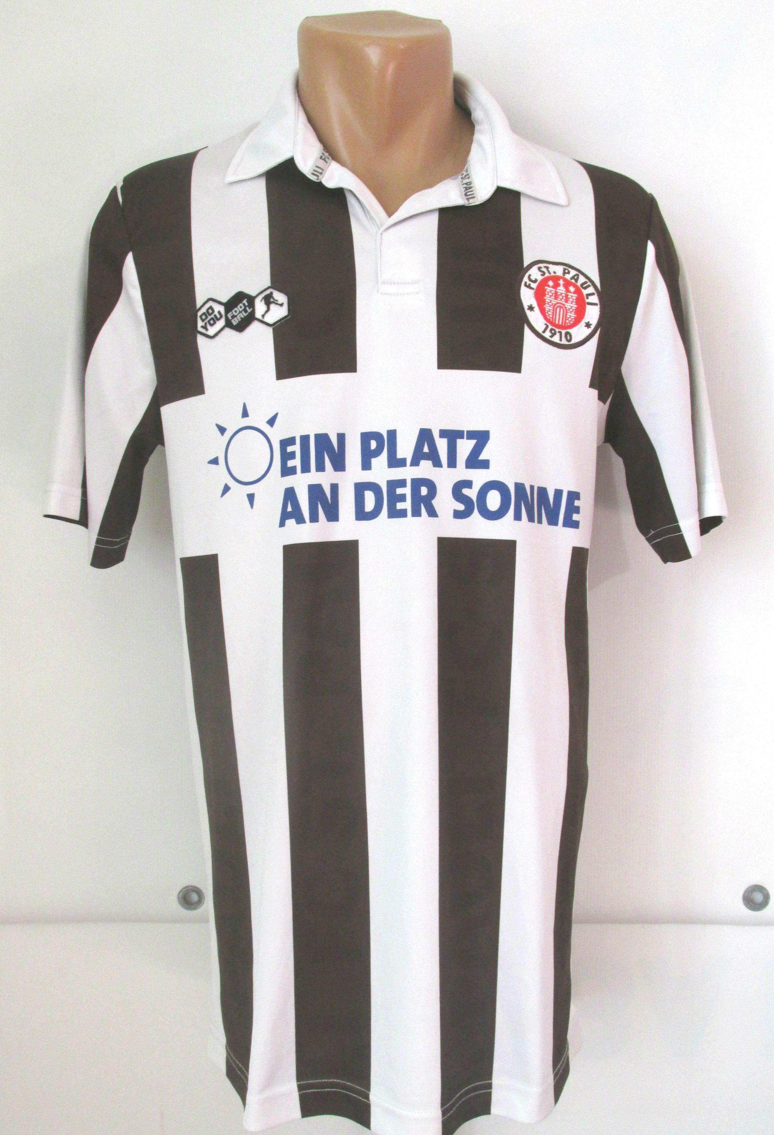 Pin on European & World soccer clubs jerseys
