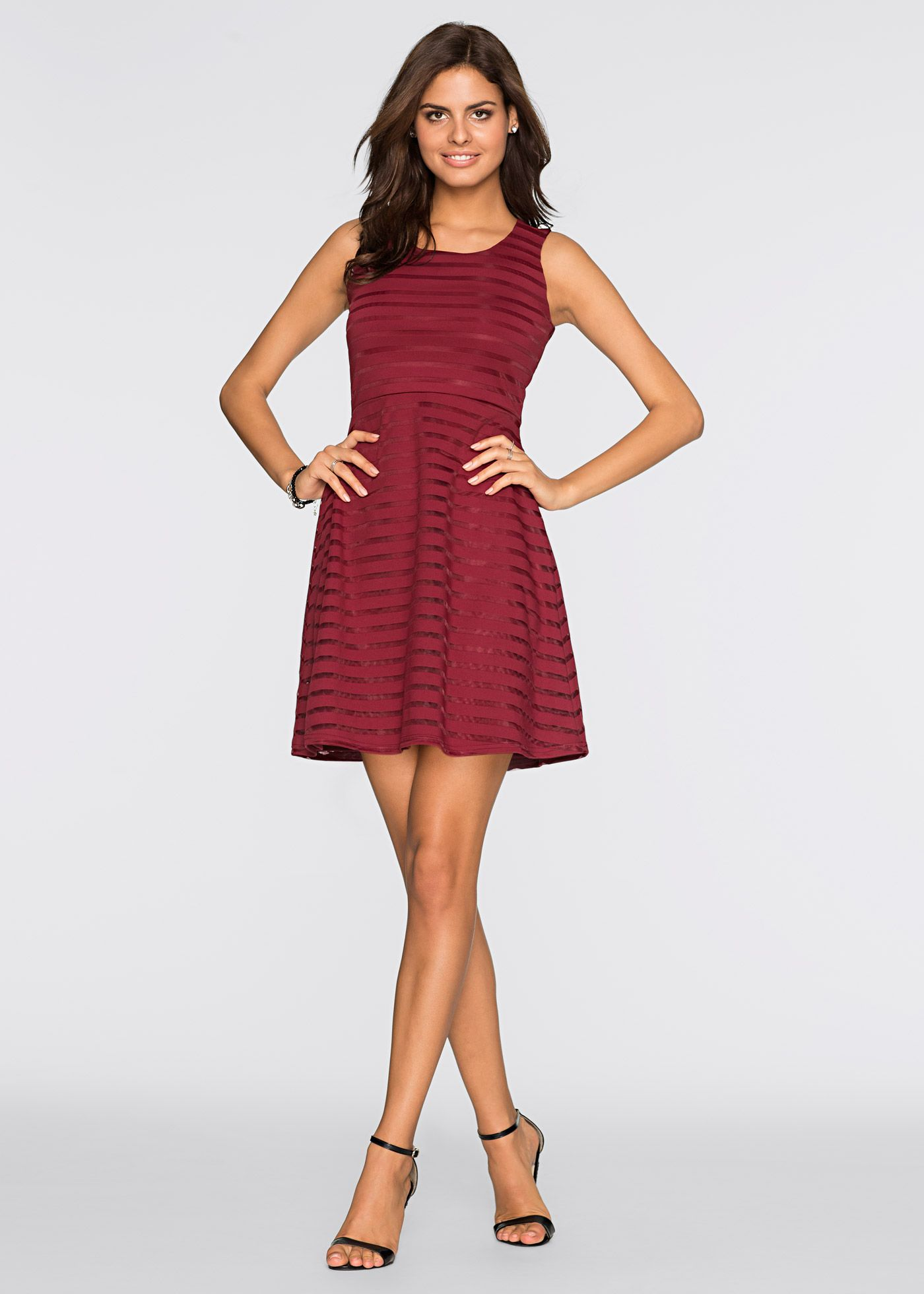 Ärmelloses Jersey Kleid im Streifendesign | Online shops, Klassisch ...