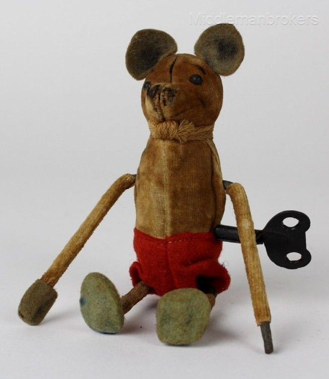 VINTAGE TIN TOY WIND UP RUNNING MOUSE WITH MOVING TAIL