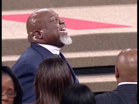 TD JAKES... Pursuit of Purpose! A great watch for the morning! Start Fighting!