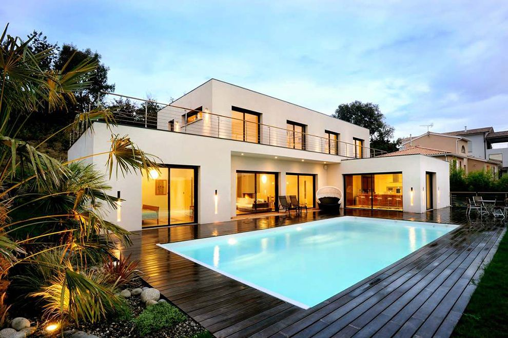 Modern Swimming Pool Designs Of A White Modern Terraced Houses