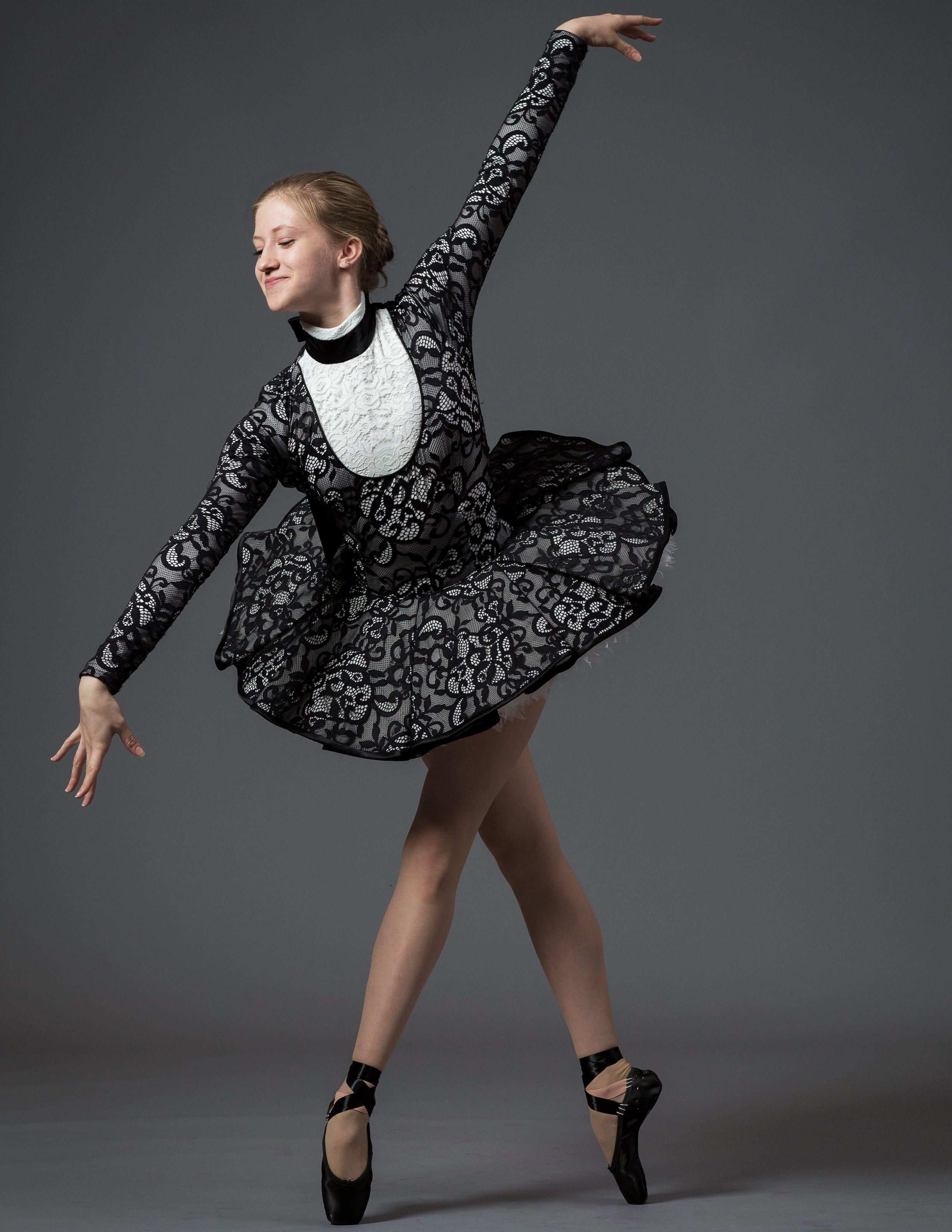 739f20f7e742 Oscar de la Renta costumes for New York City Ballet s