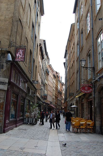 Streets of Lyon, France Le Laurencin was my favorite restaurant in Lyon! I used to go all the time when I lived there.