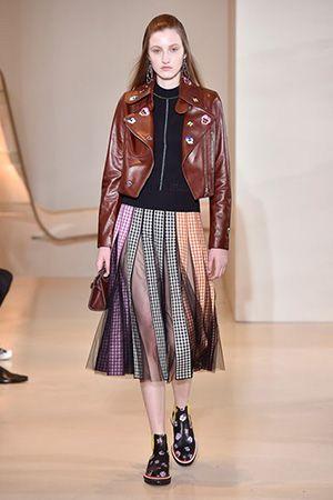自然の誘惑|スージー・メンケス|スージー・メンケス|ファッション・ビューティ・セレブの最新情報|VOGUE JAPAN