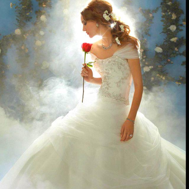 Belle Disney princess wedding dress!!!! I want it so bad! | The day ...