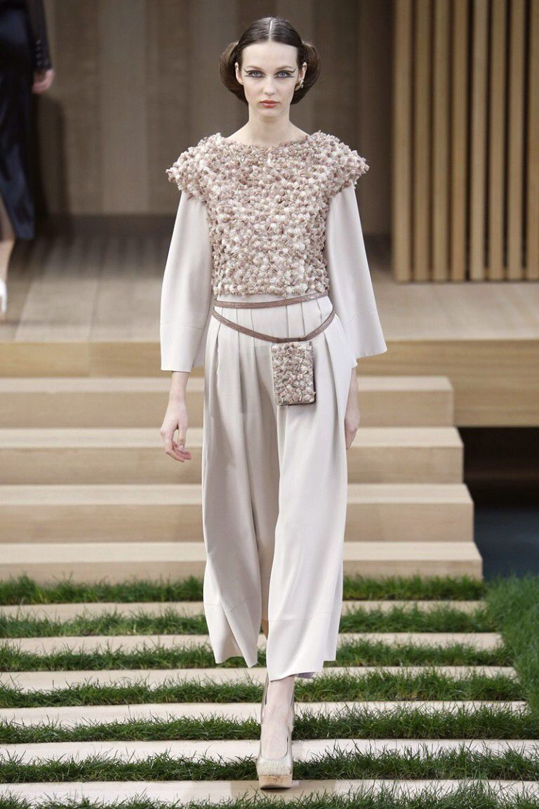 68462239351  chanel  altacostura  fashion  style  diamonds  desfile  winter  summer   colection  new  offwhite  love  ootd  dress