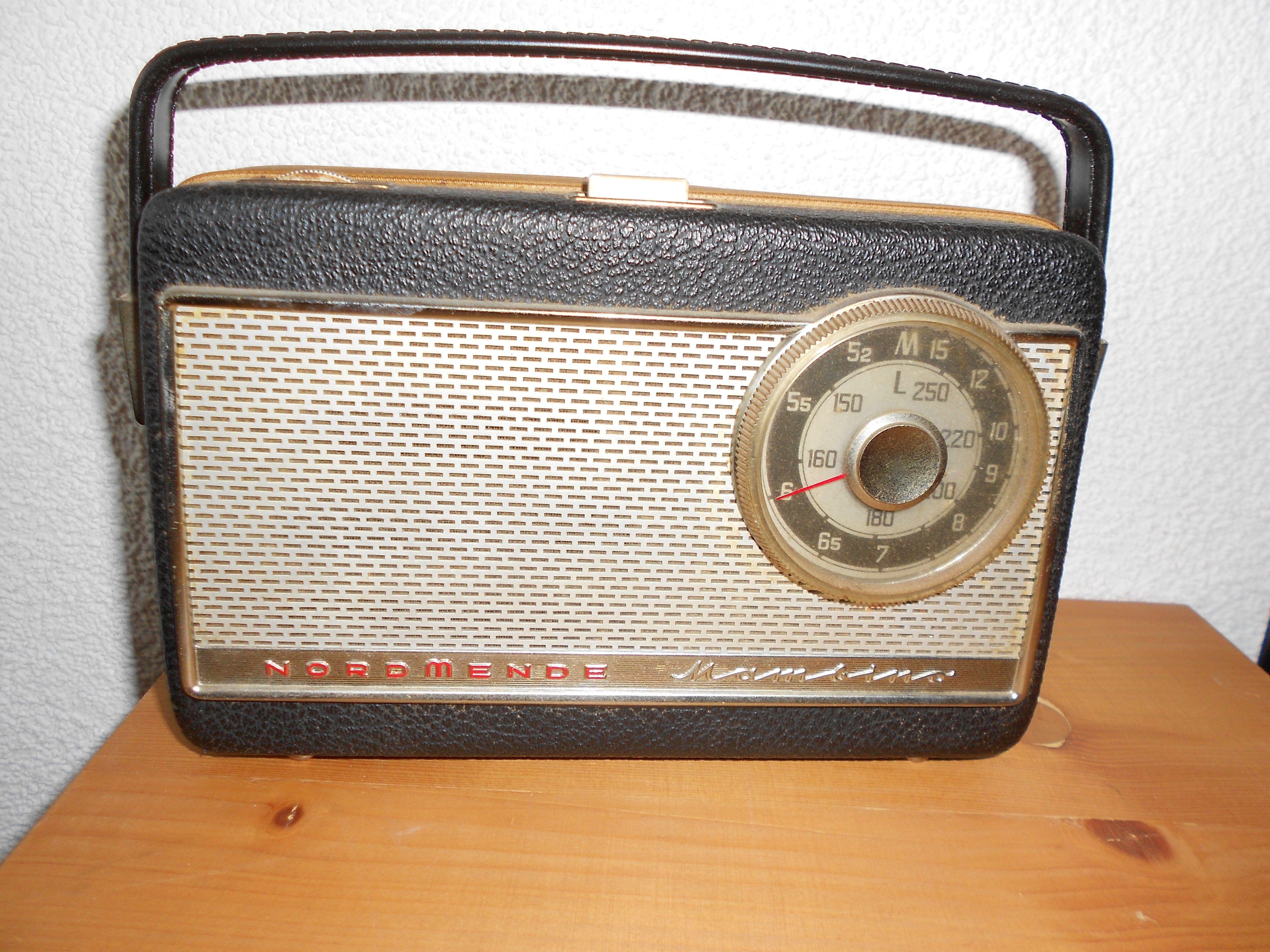 Radio/transistor