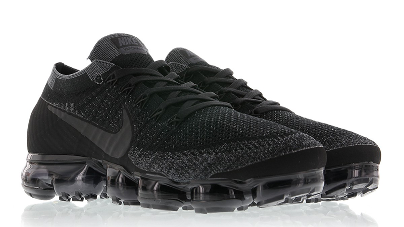 6a2f2d0682 Nike Air Vapormax Flyknit Black in 2019 | sneakers | Nike shoes ...