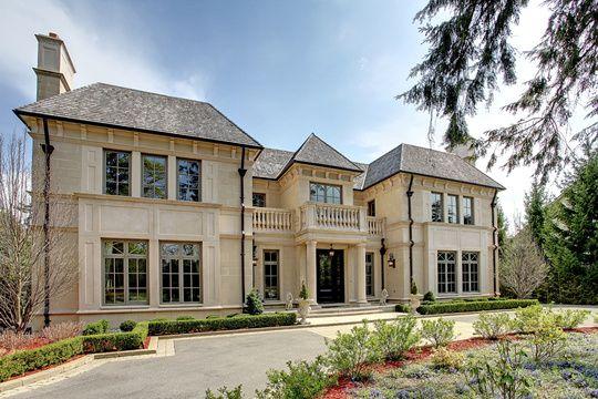 House   Lakeshore Road East, Oakville, Ontario, Canada (via  RealEstateBook.com)