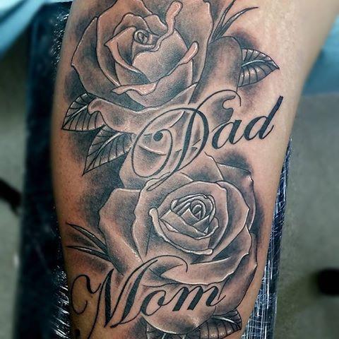 Mom Dad Rose Tattoo Tattoos Montreal Tattooshop Uptowntattoos Mom Tattoos Dad Tattoos Mum Tattoo