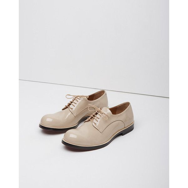 Jil Sander Chunky Oxford ($315) ❤ liked on Polyvore featuring shoes, oxfords, beige, leather sole shoes, lace up flat shoes, oxford flats, beige shoes and oxford shoes