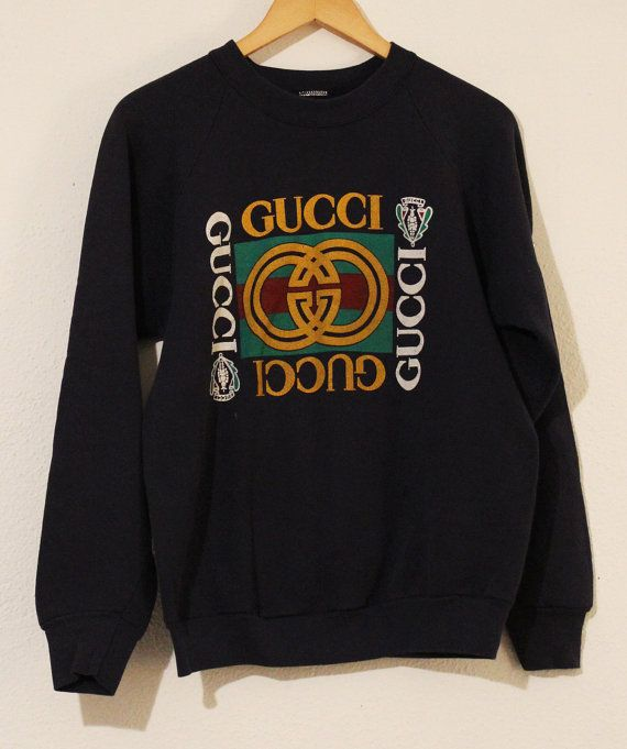 d3f288b1186 GUCCI 80 s Vintage Sweater   Crewneck Sweatshirt Pullover Jumper Medium Navy  Blue Gold Logo GG