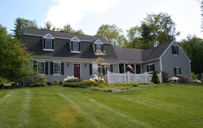 Dutch Colonial With Attached Garage House Styles House Dutch Colonial