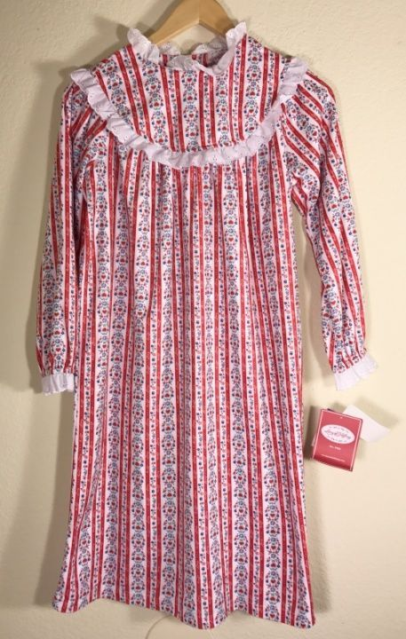 6488885a59 Girls Lanz Of Salzburg Tyrolean Hearts Flowers Long Flannel Nightgown Med  7 8  LanzofSalzburg  Nightgown