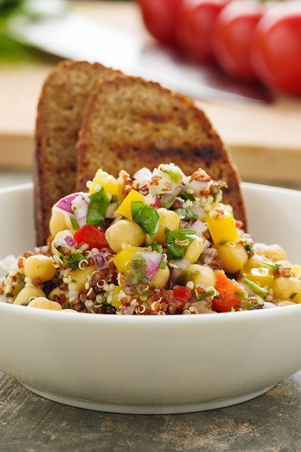 C mo hacer una ensalada de quinoa 10 recetas saludables for Como se cocina la quinoa para ensalada