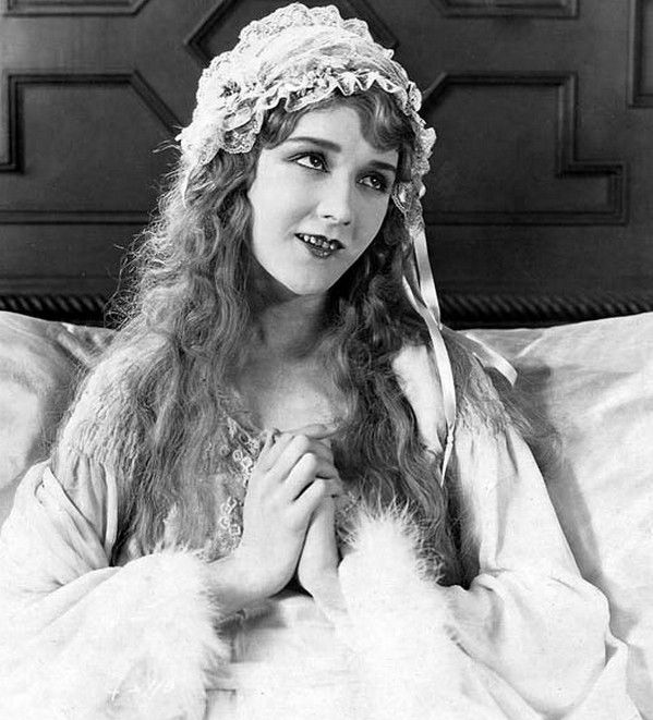 mary pickford biography