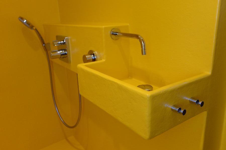 Polyester badkamer voor Ilse en Anton | Stukken | Project badkamer ...