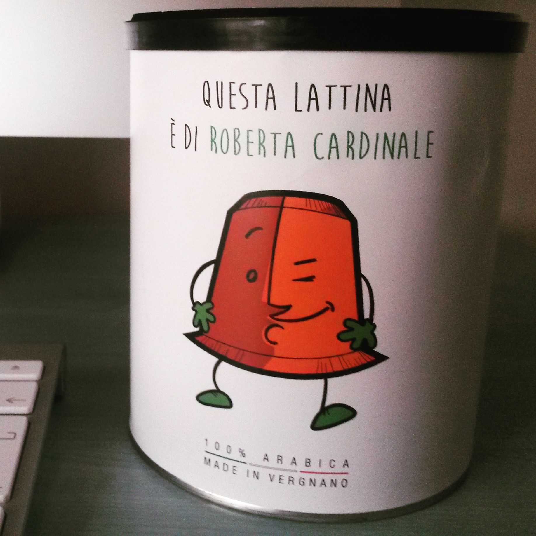 Cindy, la nuova capsula compostabile di Caffè Vergnano. Lattina personalizzata. #coffee