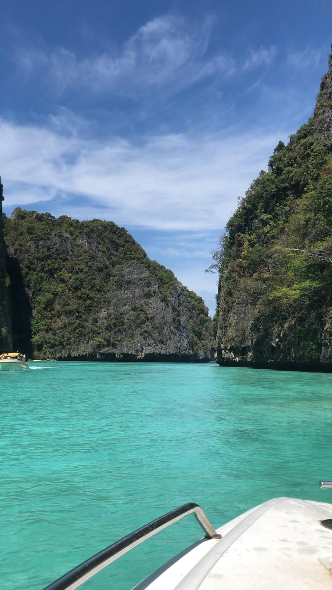 Island hopping through the most beautiful islands in Thailand