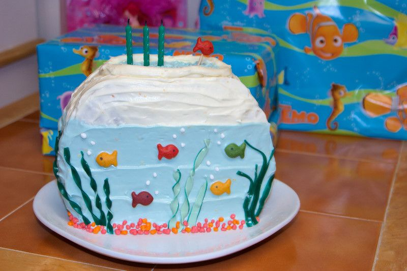 Fish Bowl Cake Made With Two Round Cakes Goldfish Nerds And Fruit
