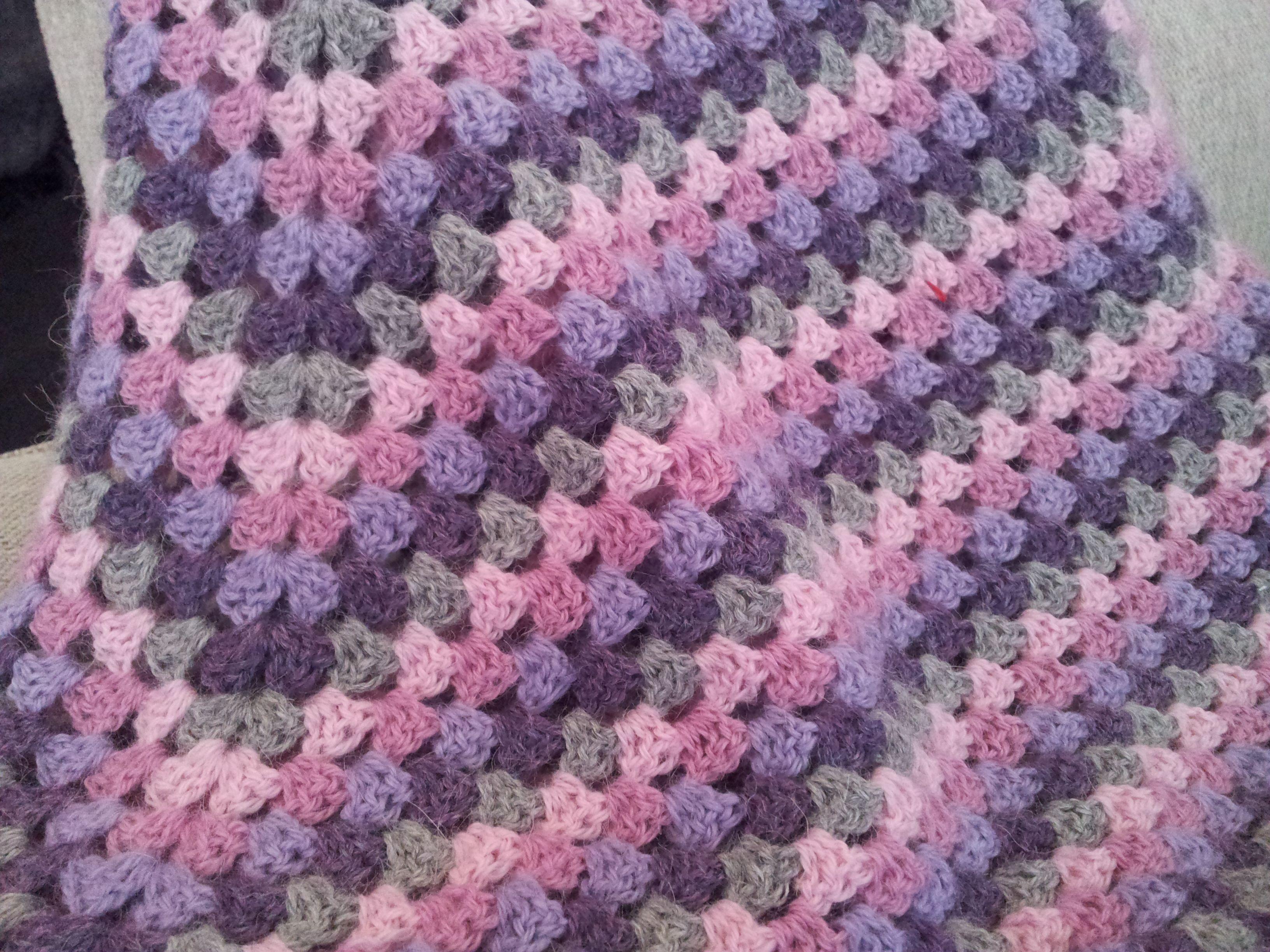 Homemade Never Ending Granny Square Pattern From Mickey S E Book On Never Ending Gr Crochet Patterns Free Blanket Granny Square Crochet Granny Square Blanket