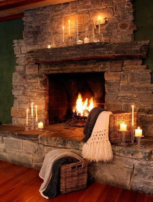 Attraktiv Living Room In Country House Fireplace With Stone Wall