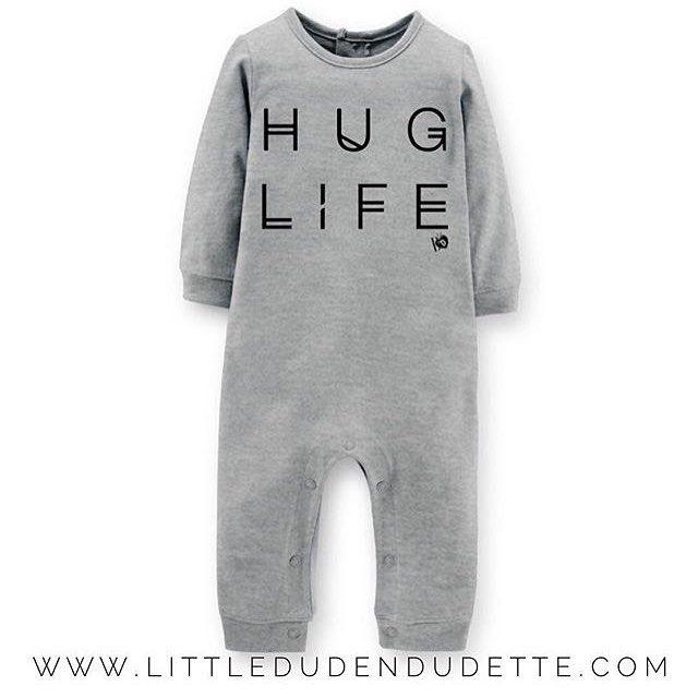 @littledudendudette we are so in love with this #huglife romper ✖️ #boysontrendblog #boysontrendloves