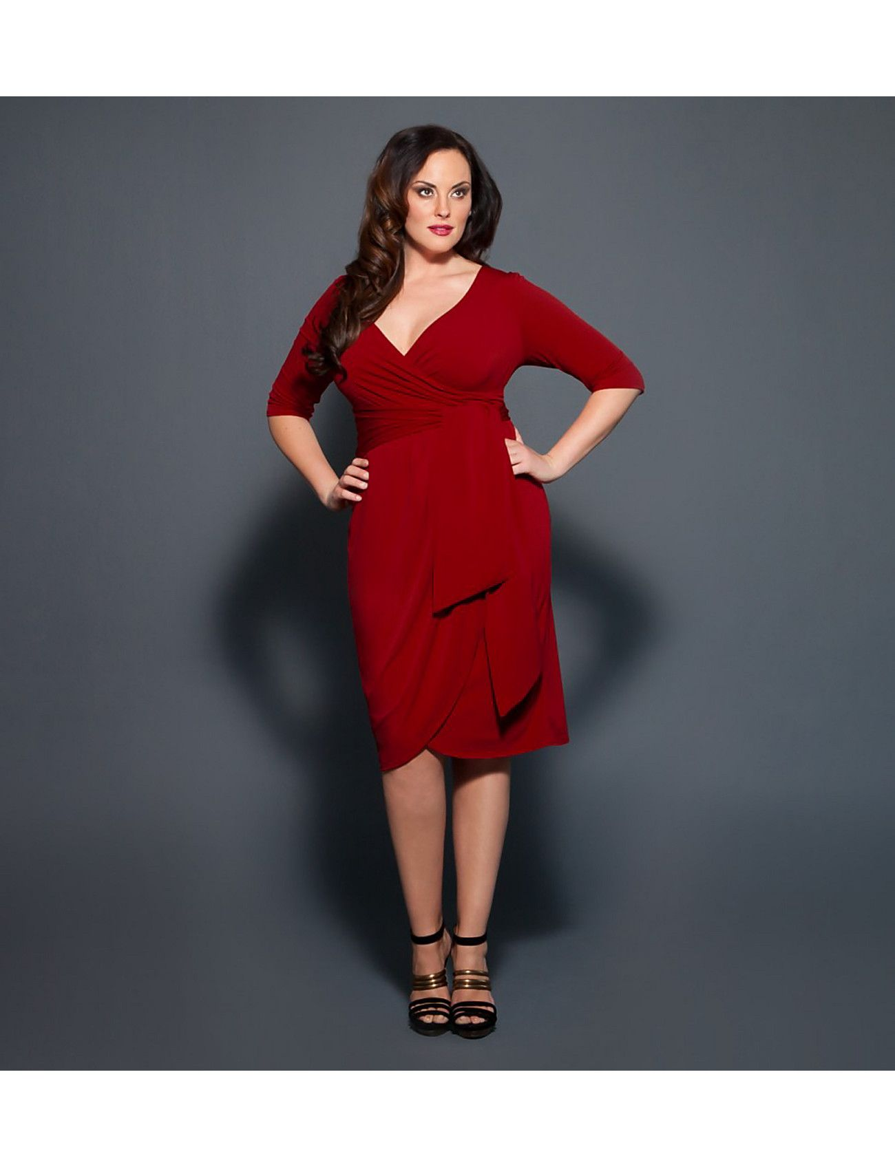 Curvy red dress perfect for the holidays curvy bodies pinterest