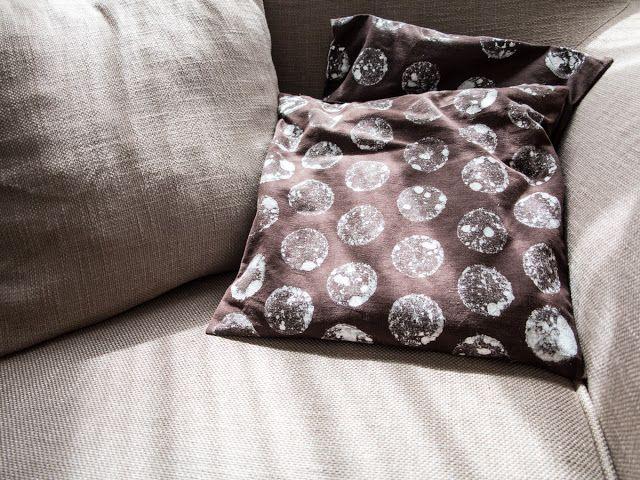 raori - living handmade.: DIY - Moon pillow