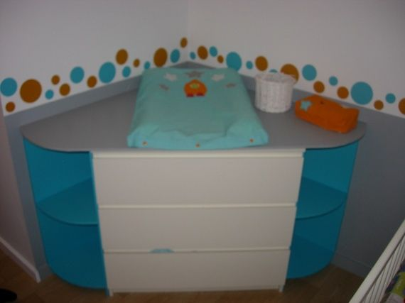 commode malm et plan a langer chambre b b ikea malm. Black Bedroom Furniture Sets. Home Design Ideas