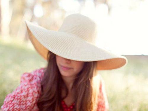floppy hat: necessity for spring/summer