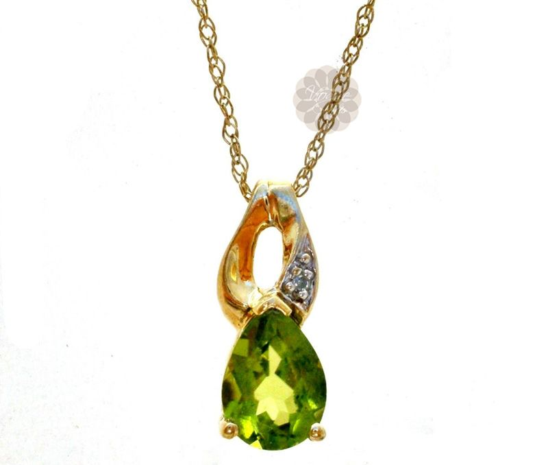 Vogue Crafts Designs Pvt Ltd manufactures Gold and Diamond Drop