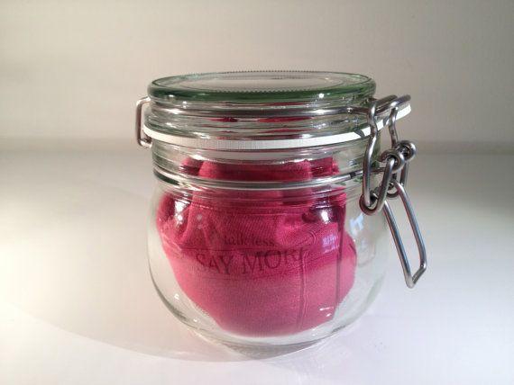 LavendelFenchel Augenkissen  talk less  SAY MORE  Pink von BenLix, $33.00