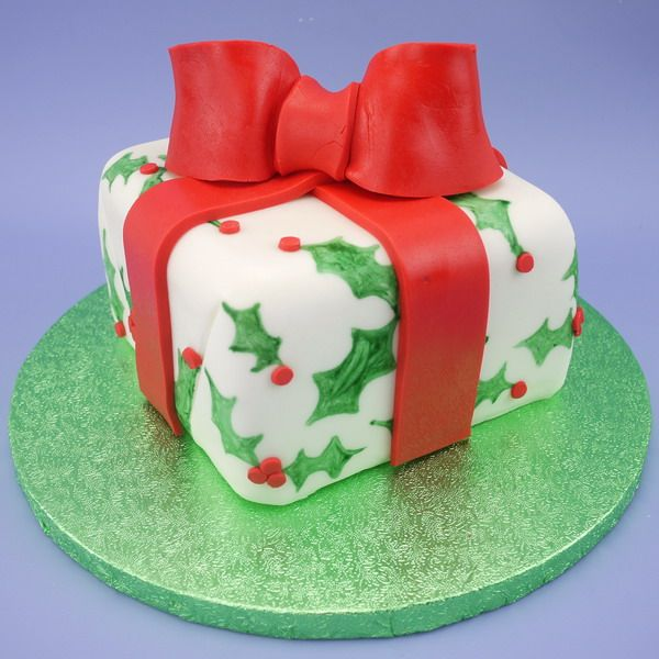 Holly Parcel Cake With Bow