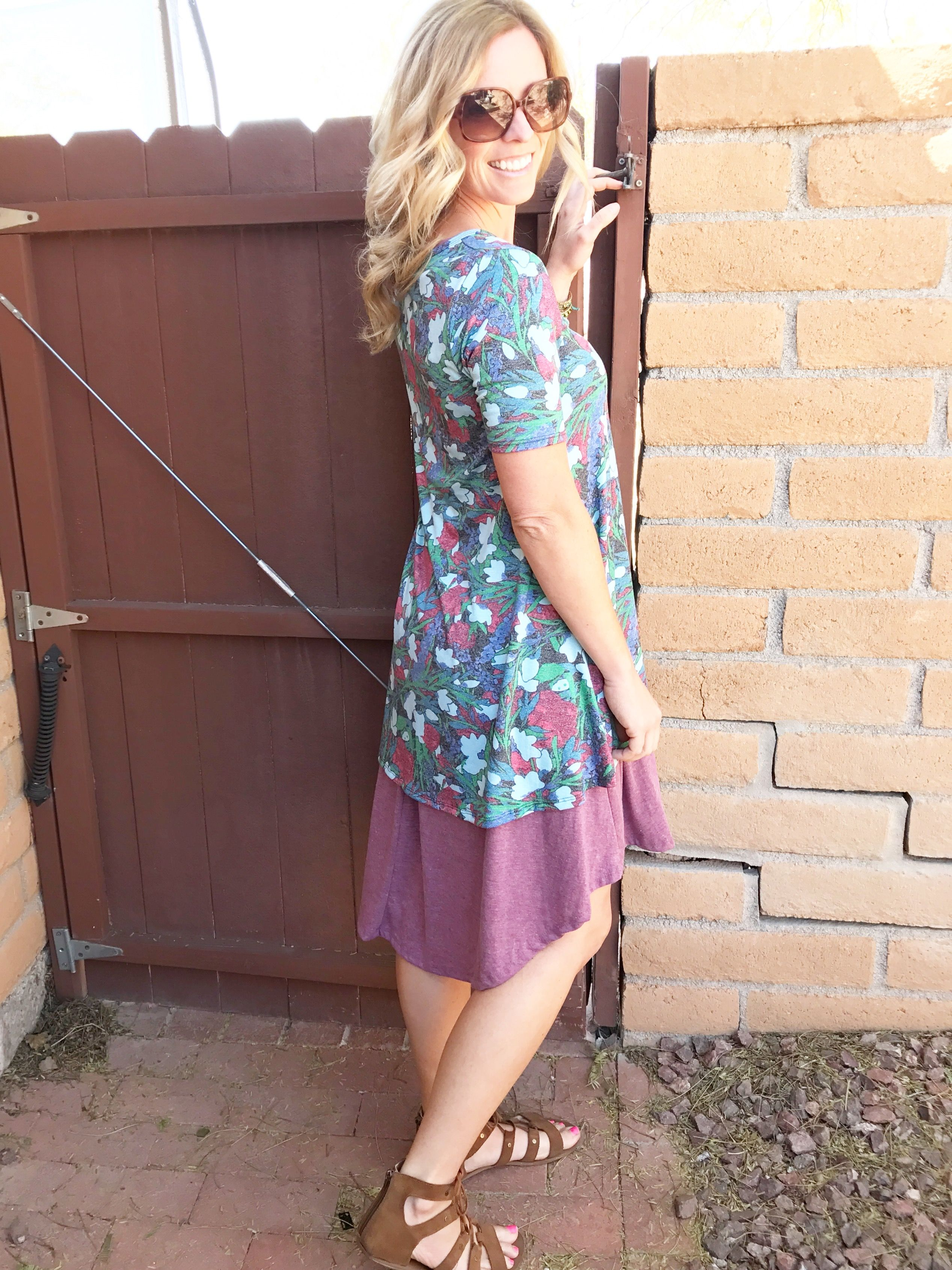 ffa8bb76332 Layering a perfect tee with a lularoe Carly! Click on the pictures to shop  more