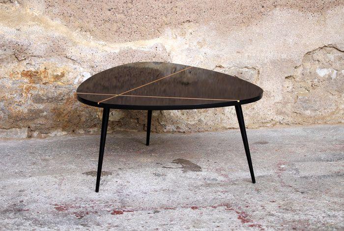 Table Basse Tripode Vintage Noire Relookee Tablebasse Relookee Noir Vintage Bois Piedscompas Appart Maison Home Des Deco Furniture Coffee Table Decor
