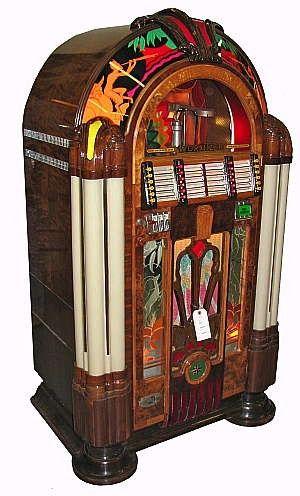 - 1942 Wurlitzer Jukebox - #jukebox #music #records #vinyl #audio #Wurlitzer #vintageaudio  Beautifully restored Wurlitzer jukebox, made in 1942. #jukebox #music #vintageaudio http://www.pinterest.com/TheHitman14/the-jukebox/