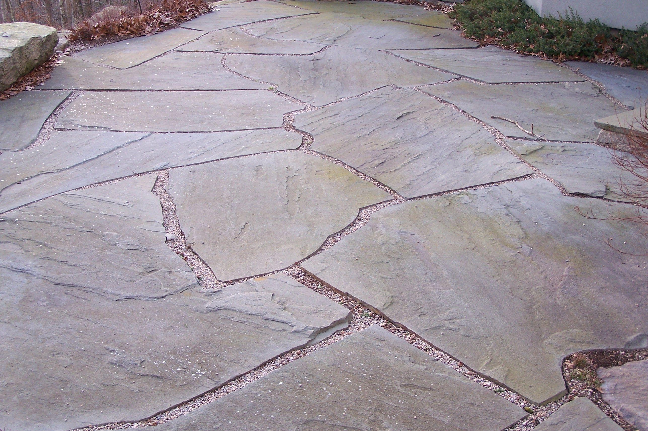 connecticut blue flagstone paving